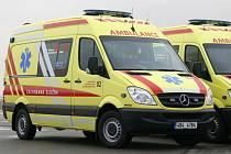 Sanitní vůz Mercedes Benz 318 Sprinter.