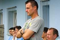 Trenér Slovanu Bzenec Richard Hrotek.