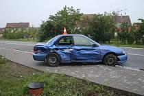 Dvaatřicetiletý řidič boural v noci na neděli v ulicích Vlkoše.