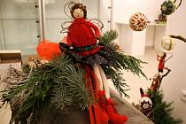 První výstava v nově zrekonstruovaném Panském dvoře se věnuje tématice adventu a Vánoc.