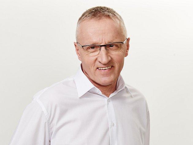 Nezávislý kandidát na senátora na listině Hnutí ANO 2011 Josef Zimovčák.