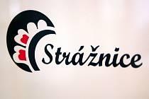 Město Strážnice zvažuje, že si pořídí nové logo. První návrhy už nabídla místní Střední odborná škola oděvní.