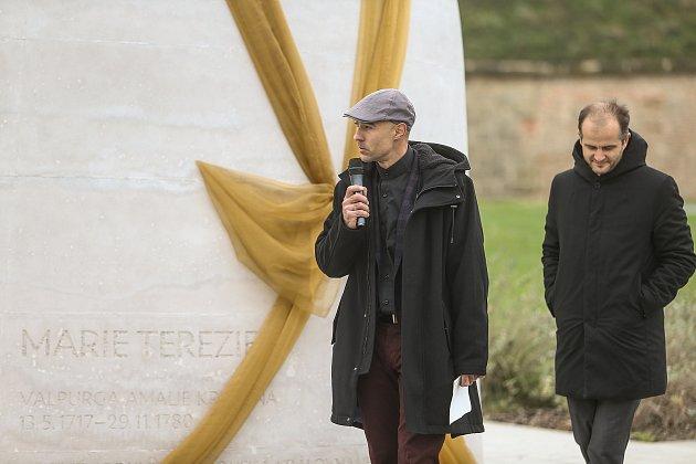 Slavnostní odhalení sochy Marie Terezie se ve stejnojmenném parku na Praze 6konalo vúterý 20.října.
