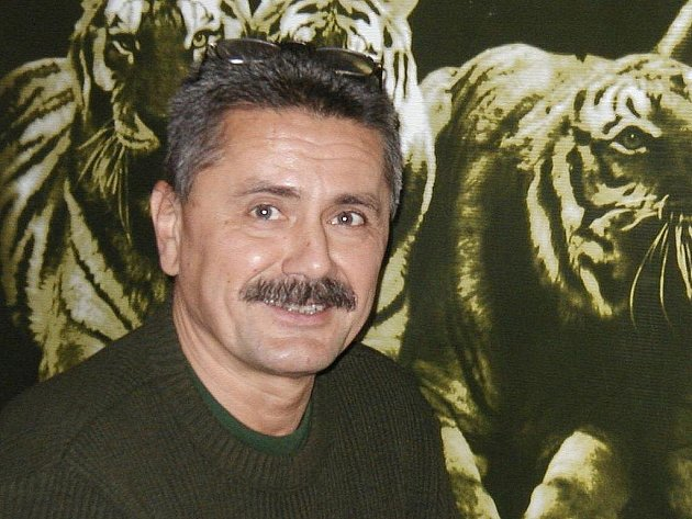 Bývalý ředitel Miroslav Frais.
