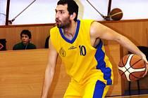 Rozehrávač Kyjova Lukáš Rubecký měl z výhry nad Olomoucí velkou radost.