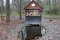 Pramen Kohútek mezi Dolními Bojanovicemi a Mutěnicemi je z bezpečnostních důvodů opáskovaný a voda z něj se nedoporučuje používat, a to do odvolání.