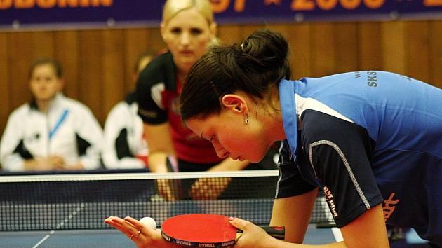 Finále ženské extraligy ve stolním tenise: SKST Mart Hodonín – MSK Břeclav.