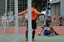 Národní házenkáři Veselí nad Moravou první zápas po postupu do nejvyšší soutěže nezvládli. Doma prohráli s Rokytnicí o dva góly.