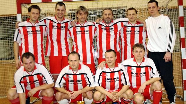 Hráči Veselského výběru zdolali ve finále Okresního poháru Oranjes Dubňany i Kovo Ždánice.