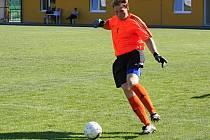 Zkušený brankář Velké nad Veličkou Tomáš Sládeček (na snímku) vychytal v derby s Veselím nad Moravou čisté konto.