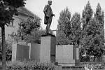 Nového odhalení se socha Masaryka v Hodoníně dočkala v roce 1990.