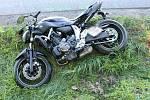 Nehoda motocyklu mezi Moravským Pískem a Polešovicemi.