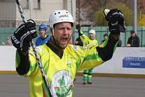 Slovenský útočník Jozef Liška se proti Letohradu blýskl dvěma parádními ranami, které hokejbalistům Sudoměřic přinesly vítězství 3:1 i cenné tři body.