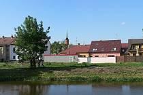 Dnes se na místě bývalých jatek staví rodinné domky