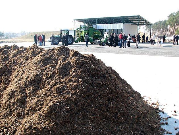 Kompostárna v Ratíškovicích byla slavnostně otevřena ve středu 21. března.