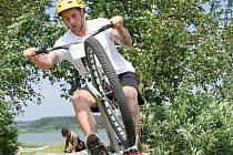Hodonínský biketrialista David Herka vyhrál pátý závod seriálu mistrovství České republiky v Novém Veselí na Vysočině.