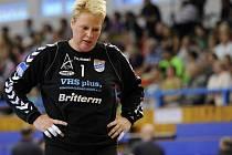 Házenkářská brankářka Lenka Černá v neděli ve Zlíně ukončila aktivní hráčskou kariéru.