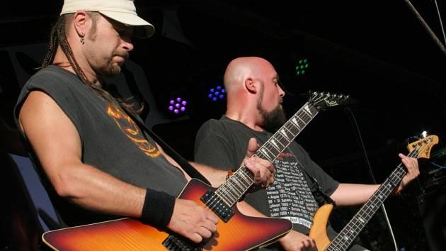 Beseda u Bigbítu - vystoupení kapely Like Fool z Hodonína.