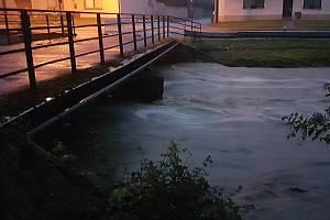 Řička Velička vystoupala až na třetí povodňový stupeň.