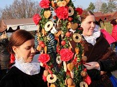 Jeden z tradičních pořadů strážnického skanzenu – Radujme se, veselme se. Návštěvníci zažili atmosféru adventu a vánočních svátků, jak je slavili předkové od svatého Mikuláše až po Tři krále.