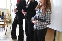 Hodonínské studentky představují svůj projekt