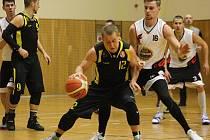 Hodonínští basketbalisté si v oblastním přeboru připsali další dvě výhry. Hráči Sokola nejprve zdolali Černé Pole C 87:69, pak si poradili i s béčkem Černovic, kde po výsledku 66:57 brali oba body.
