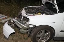 Vůz po nehodě mezi Rohatcem a Hodonínem.
