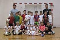 Fotbalový tréninkový kemp Coerver® Coaching v Dubňanech povedou bratři Ladislav a Radek Trávníkovi.