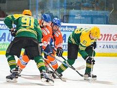 Hodonínští hokejisté se v příští sezoně druhé ligy šestkrát utkají se Vsetínem.