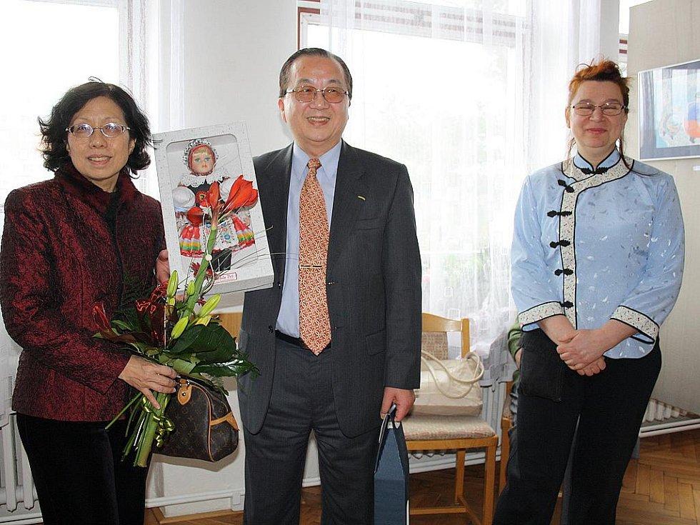 Tchajpejský ambasador Chiu Jong-jen se zúčastnil veselského semináře tchajwanských filmů.