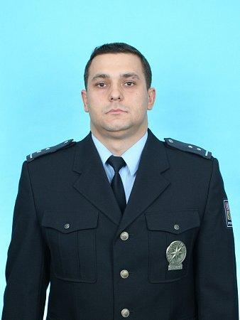 Policista Pavel Kříž zachránil spolu skolegou ve Strážnici život muži, který dostal infarkt.