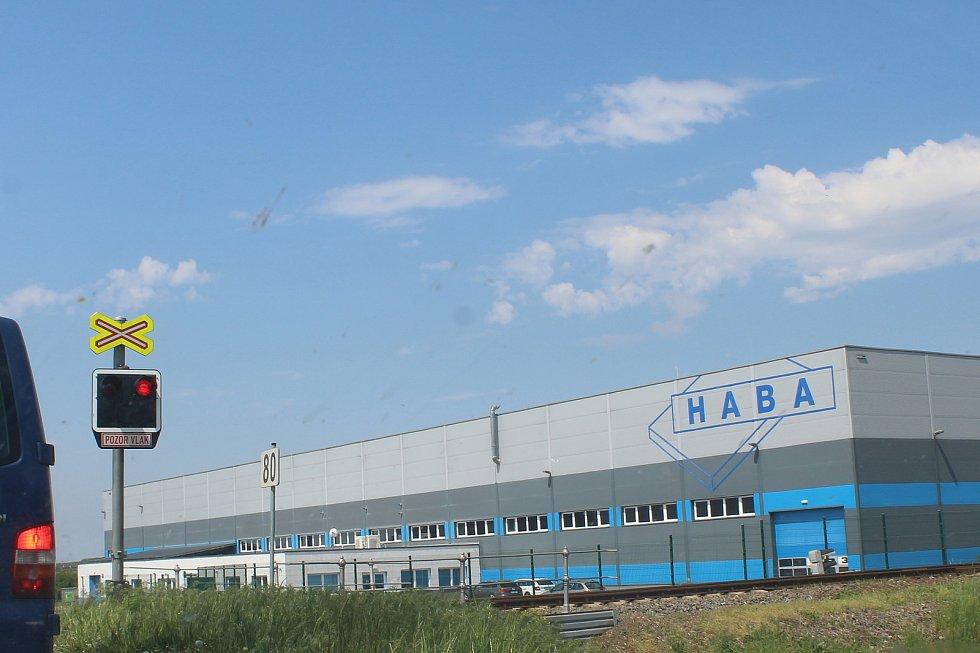 Průmyslová zóna u Sudoměřic.