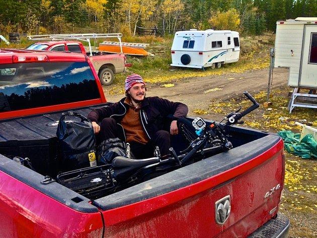 Hodonínský cestovatel Matěj Blaga při putování směrem na Vancouver.