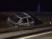 U Milotic na Hodonínsku zemřel řidič v hořící felicii.