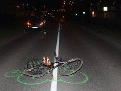 Nehoda osobního auta a cyklisty v Hodoníně.