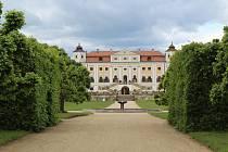 Návštěvníci se do zámku v Miloticích nyní podívají jen díky virtuální prohlídce.