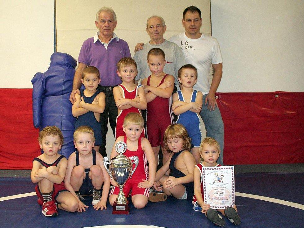Nejmladší hodonínští zápasníci.