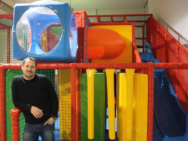 Dětské hřiště Olymp v Dubňanech kvůli malému zájmu skončilo. Atrakce se přesunuly do Hodonína.