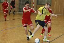 Ve sportovní hale TEZA se divákům představilo celkem osm ženských týmů. Kromě domácího Nesytu Hodonín o vítězství bojovaly také fotbalistky Myjavy, Horních Heršpic, Trenčína, Mutěnic, Vlkoše, Podivína a Kohoutovic.