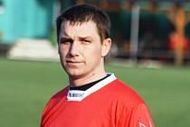 Hrající trenér Milotic Ladislav Holub (na snímku) byl s výkonem mužstva i přes těsnou porážku s Ratíškovicemi spokojený.