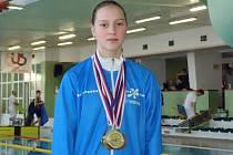 Hodonínská plavkyně Lucie Zubalíková stala nejúspěšnější závodnicí mistrovství České republiky třináctiletého žactva. Nadaná členka slováckého klubu získala na národním šampionátu v Jihlavě pět medailí.