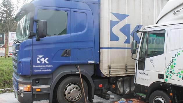 Dopravní komplikace způsobila ve čtvrtek ráno nehoda, která se stala kolem sedmé hodiny ráno v Kyjově.