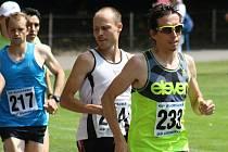 Šestnáctý ročník Běhu Moravským Pískem ovládl brněnský vytrvalec Lukáš Kučera. Celkem se na start hlavního závodu na šest kilometrů postavilo dvaadevadesát mužů a žen.