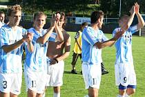 Fotbalisté Šardic dokázali v závěrečném kole zvrátit proti Velkému Meziříčí nepříznivě se vyvíjející zápas a po remíze 2:2 se radují z historického postupu do třetí ligy.