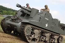 Vojenský den láká na ukázky historické vojenské techniky.