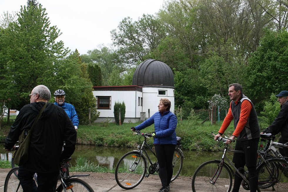 Radní z Veselí nad Moravou vyrazili jednat do terénu na kolech. Takzvané cyklorady pořádají od roku 2011.
