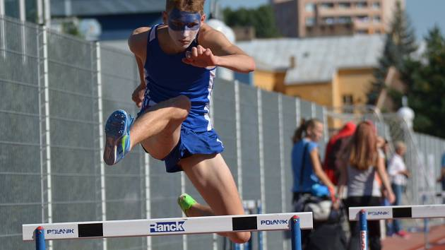Na zisku bronzu hodonínského družstva dorostu měl velký podíl i běžec Filip Sasínek.