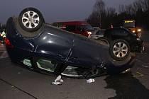 Nehoda Smartu a Opelu mezi Lužicemi a Dolními Bojanovicemi.