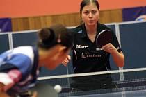 Hodonínská jednička Kateřina Pěnkavová zvládla proti Saint Quentinu oba zápasy. Česká reprezentantka přehrála v domácím prostředí i hráčku světové třicítky.