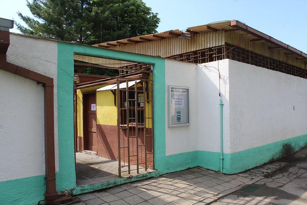 Poslední sezona na starém městském koupališti v Kyjov je pro návštěvníky zdarma.